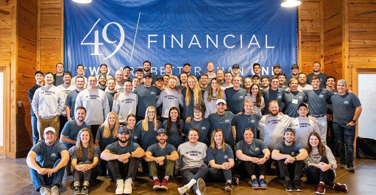 49-financial-team.jpg