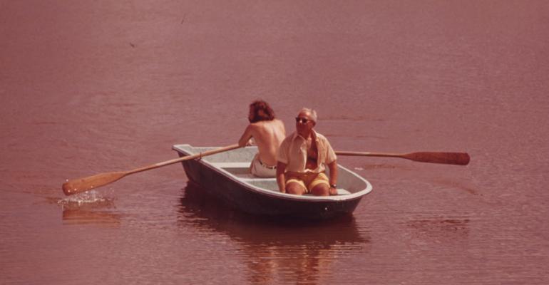 retirees boating