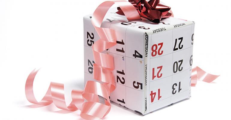 calendar-gift-119900530
