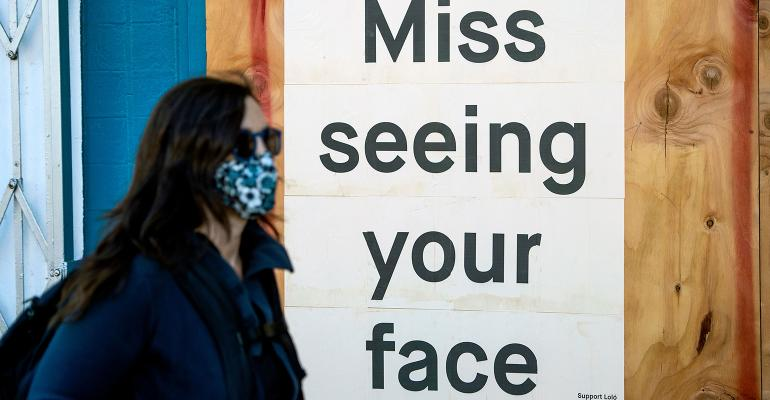 coronavirus-mask-miss-face-sign.jpg