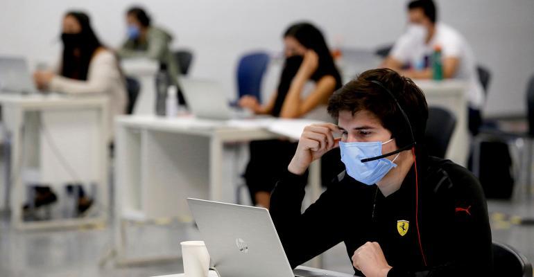 coronavirus-office-masks.jpg