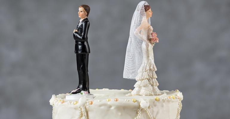 divorce-wedding-cake.jpg