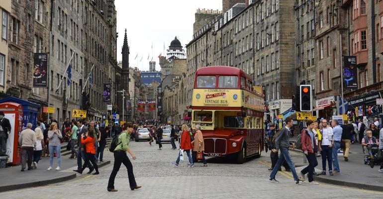 Endinburgh Scotland bus