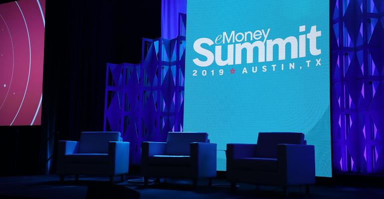 emoney-summit-19.jpg