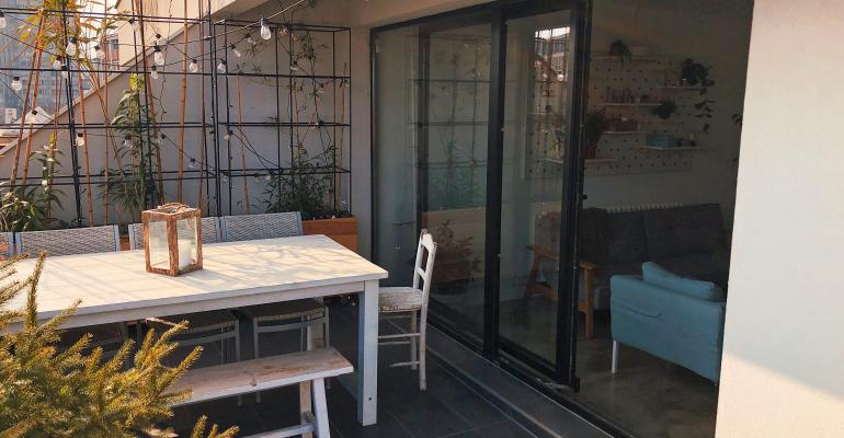 garden apartment-GettyImages-922687186.jpg