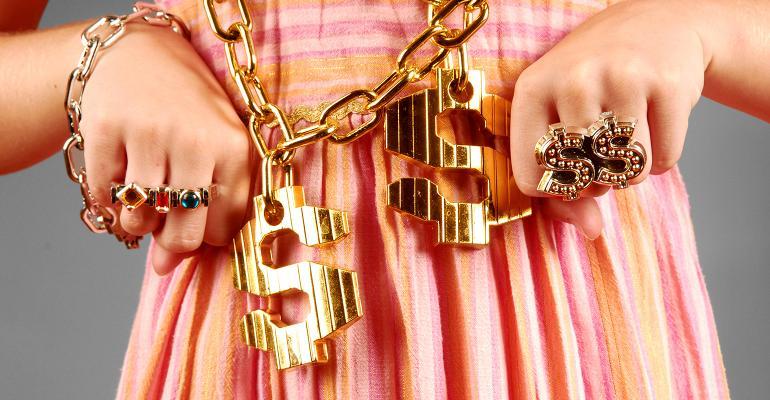 girl gold chain jewelry
