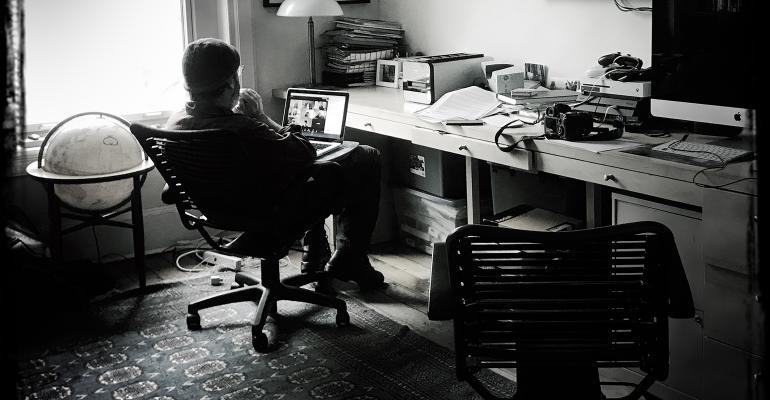 home-offices-desk-bw.jpg