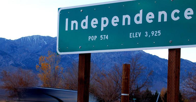 800px-independencetownsign.jpg