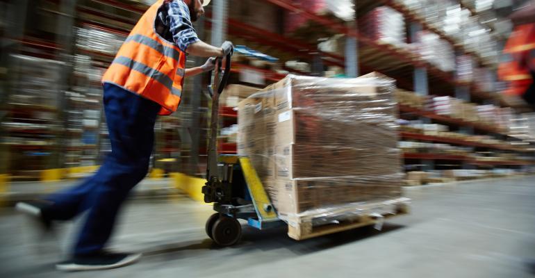 industrial-worker-warehouse-ts-685855734.jpg