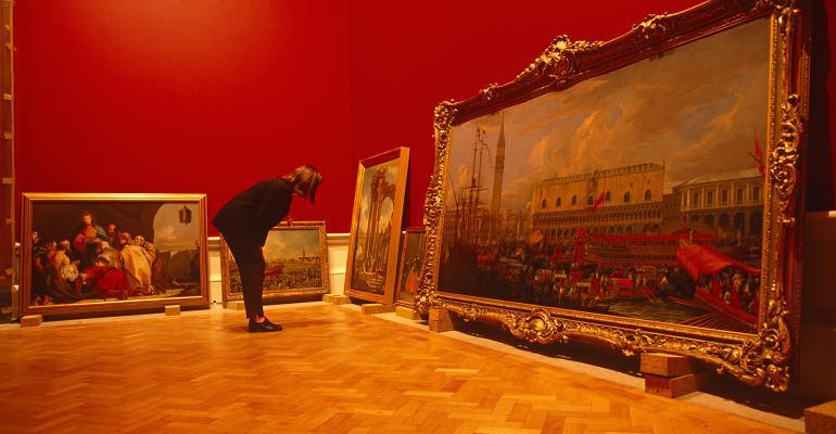 inspecting art