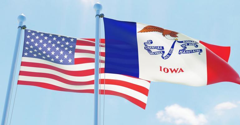 iowa-us-flags.jpg