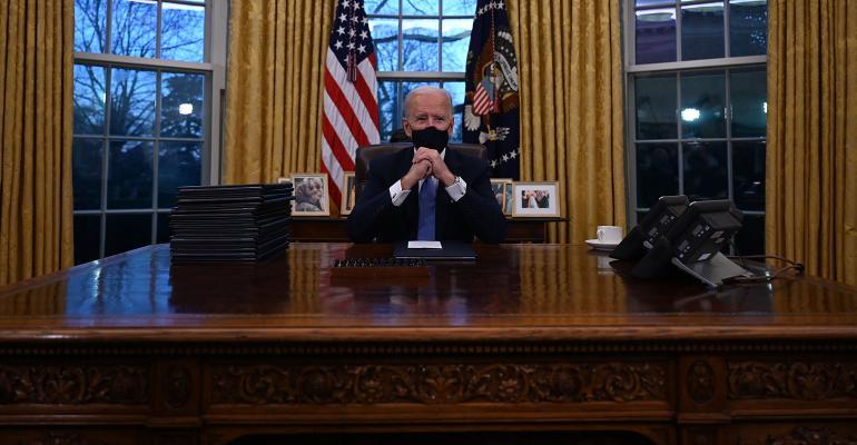 joe-biden-desk-oval-office.jpg