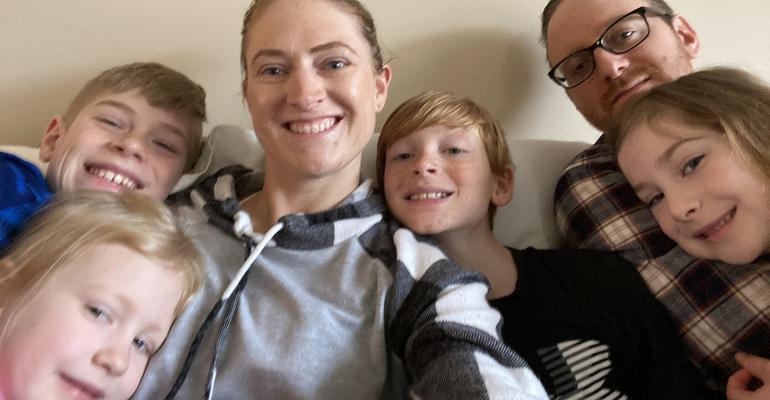jones-family-pic.jpg