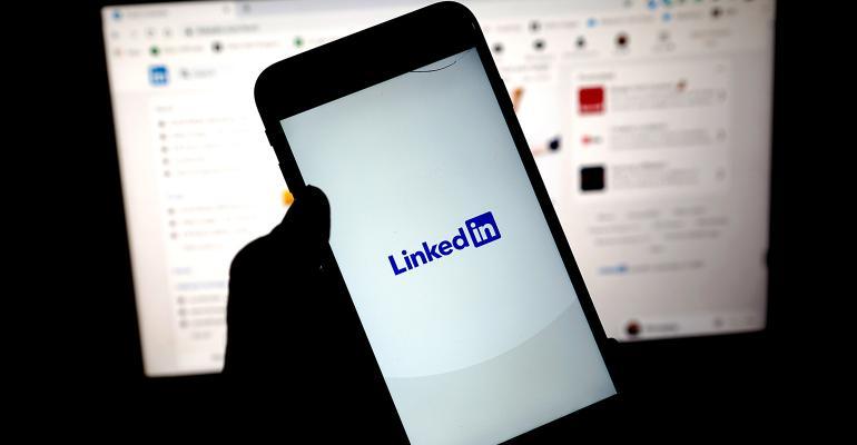 linkedin-app-feed.jpg