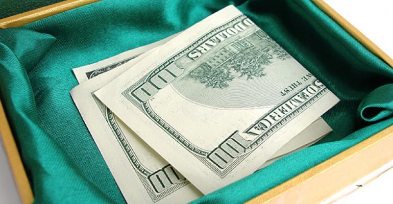 money-donation-viktoriia