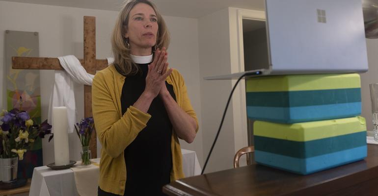 praying-zoom-computer.jpg