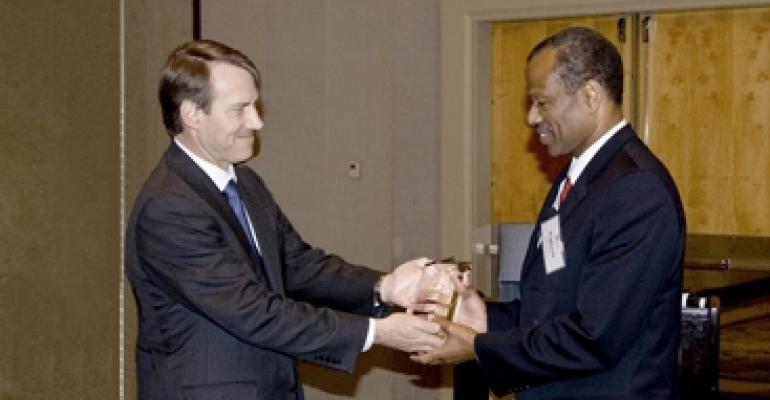 Atlanta Urban Developer Egbert Perry Is Inducted Into REIAC/GSU Hall of Distinction