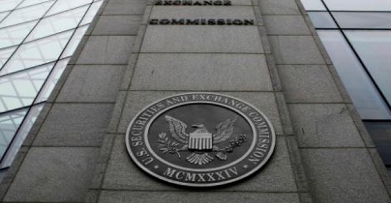 SEC Chief Says Undertaking Comprehensive U.S. Stock Market Review