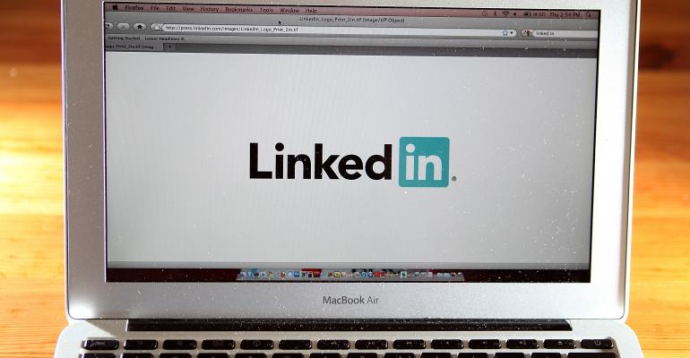 Should Financial Advisors Use LinkedIn's Publisher Feature?