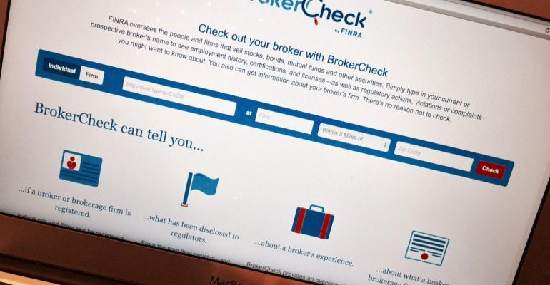 FINRA Reproposes BrokerCheck Link Rule