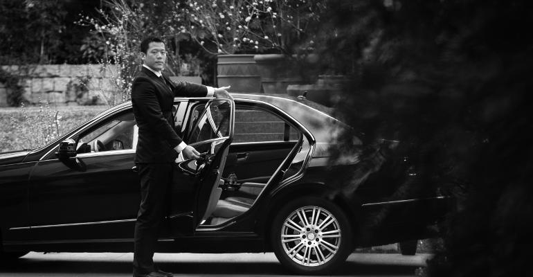 Investors Trust Uber Drivers More Than Brokers