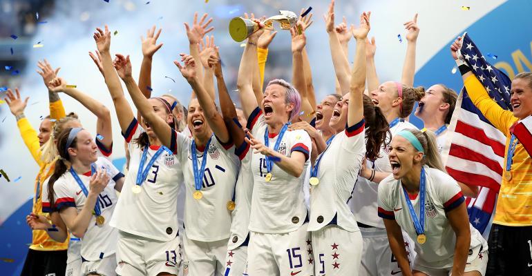 us-womens-soccer-team-2019.jpg