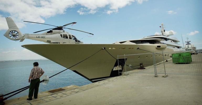 yacht-helicopter-Graeme-Robertson-GettyImages-50989528.jpg