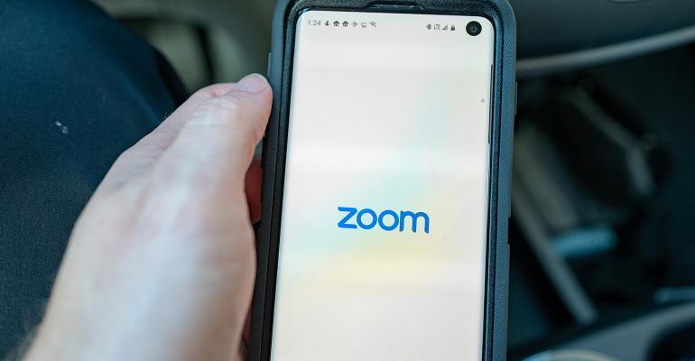 zoom-app.jpg
