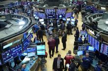 stock-market-trading-floor.jpg
