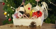 gift-basket-christmas-tree.jpg