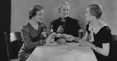 ladies lunching 1930s