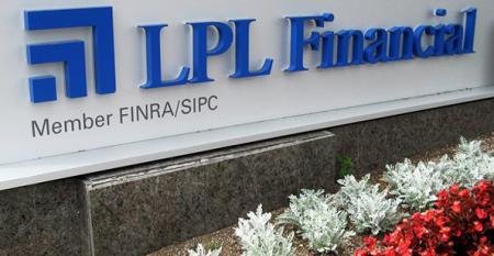 LPL racked up 11181 advisors in 2012