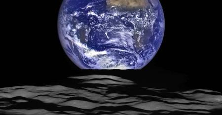 Earthset over the Moon