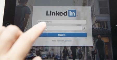 linkedin-sign-in-ipad.jpg