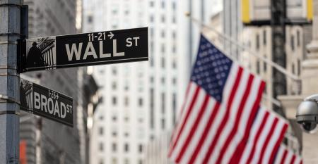 wall-broad-street-flag.jpg