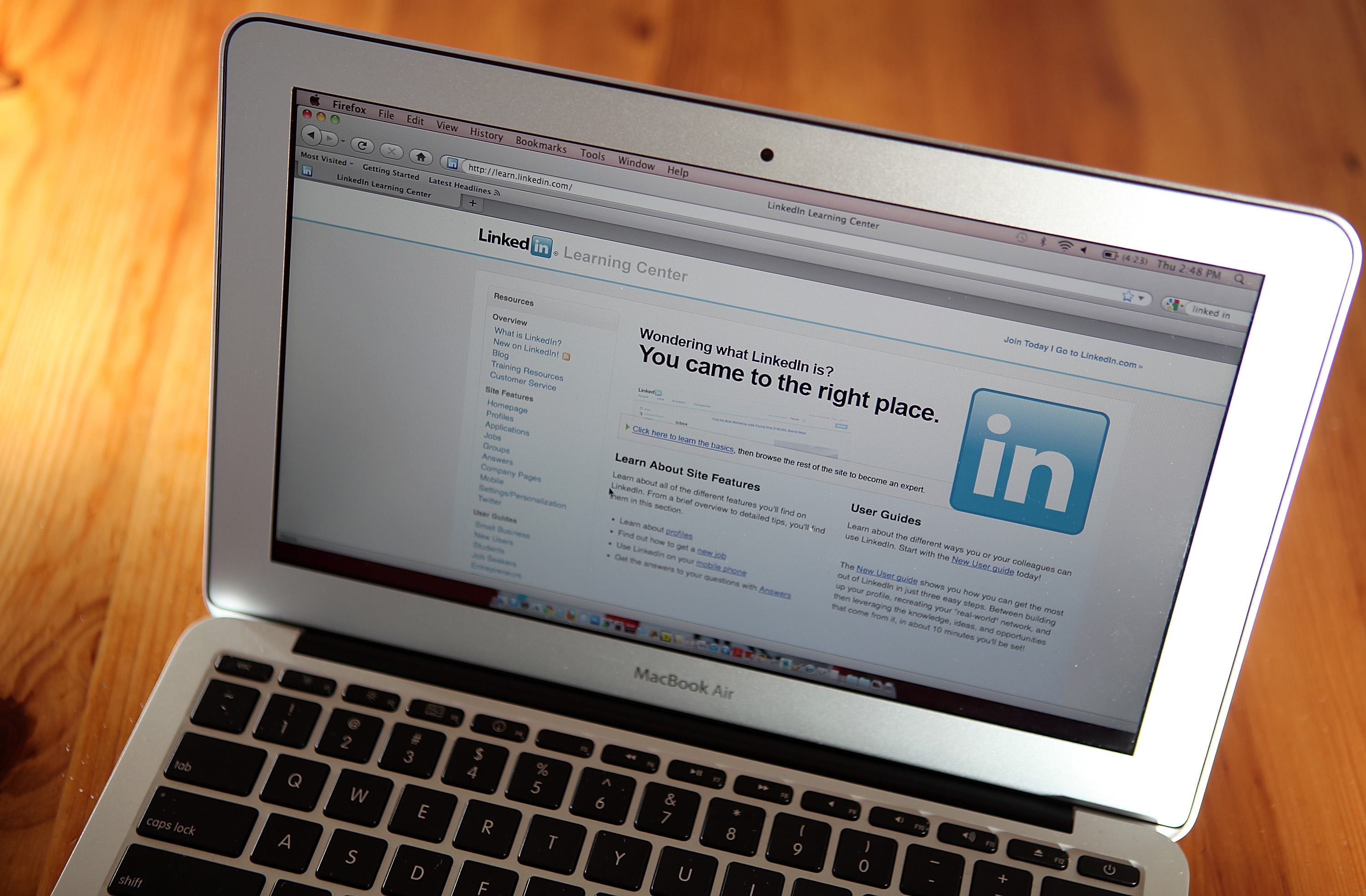 How Financial Advisors Can Use Keywords In Their Linkedin Profile
