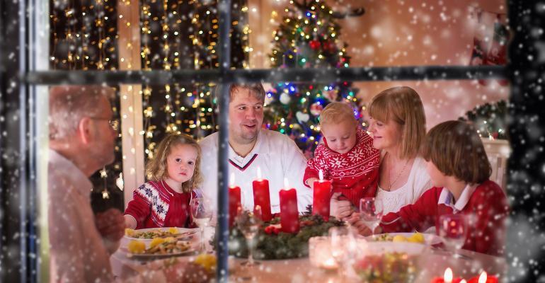 family dinner christmas