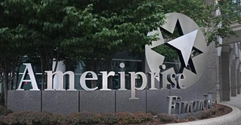 Head of Ameriprise's Advisor Business to Step Down