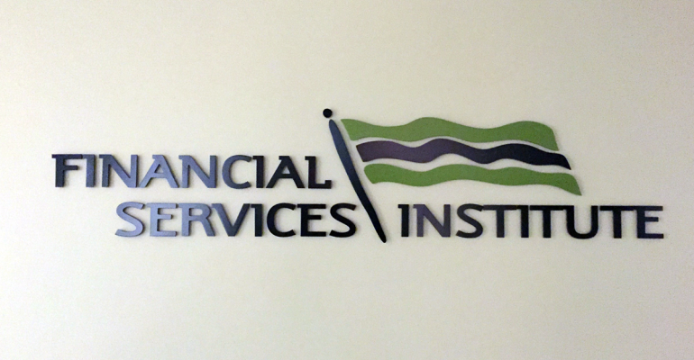 FSI Seeks More Clarity on FINRA BrokerCheck Rule
