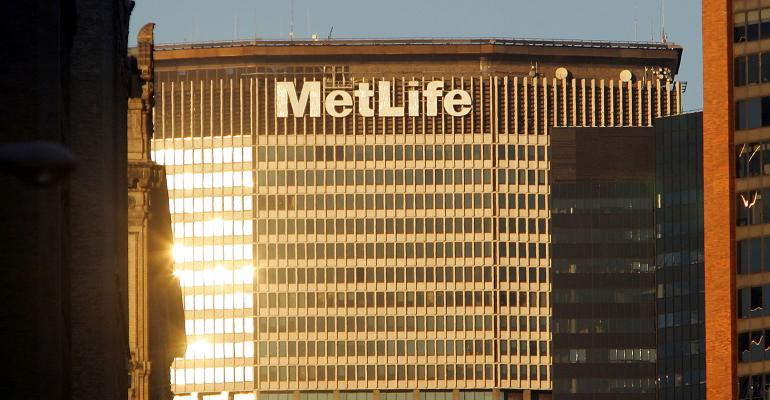 MetLife to Reduce Costs 11%, Cut Jobs as Rates Hurt Returns