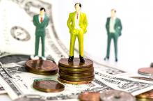 miniature men money